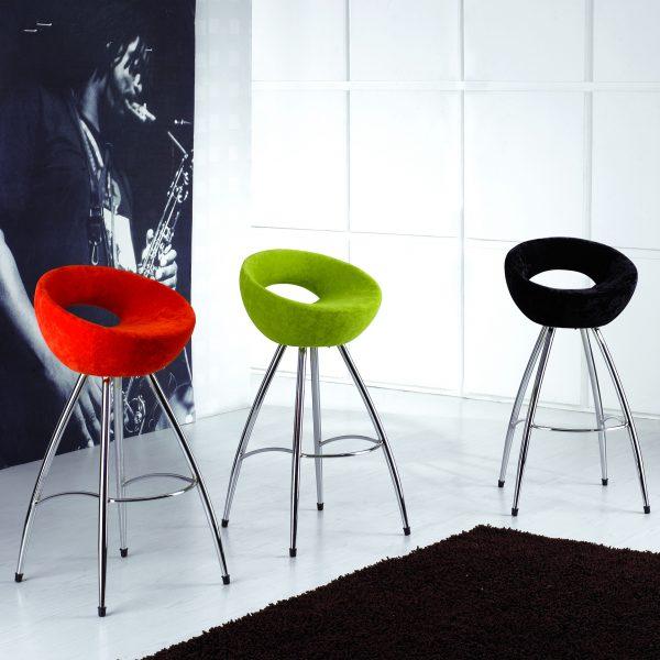Атрактивни бар столове, 43*44*72H*89H
