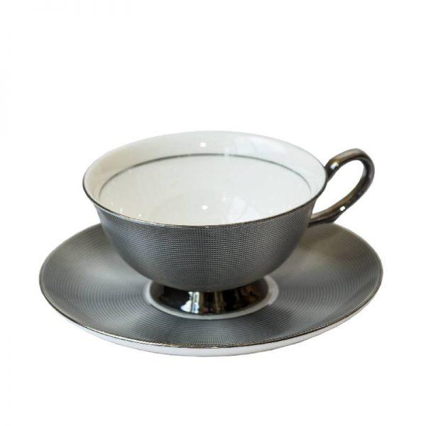 Луксозен сет - чашка с чинийка, 2 цвята